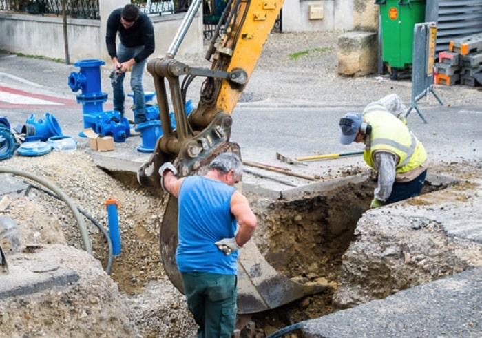 Czyszczenie kanalizacji przez udrażnianie